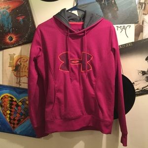 UNDER ARMOUR WOMENS SEMI-FITTED HOODIE M